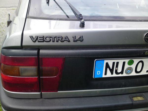 Flatis Wolf im Schafspelz Vectra A 03082011613