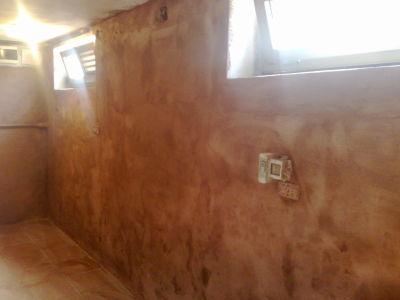 parete trattata con boiacca antisalina