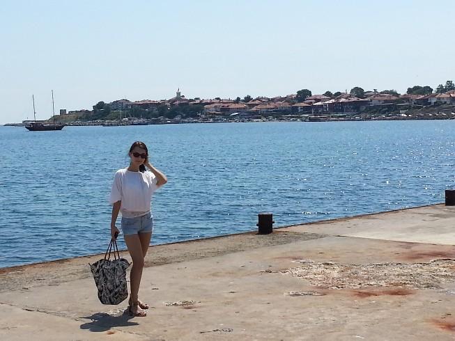 http://img.webme.com/pic/r/roxana-dellamorte/teil1-2_01.jpg