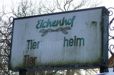 Schild Tierheim Eichenhof