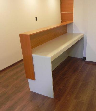 Construcciones especiales simoni equipamiento para oficinas for Generando diseno muebles