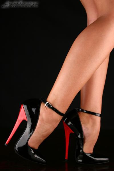 high heel shoe fetish № 57289