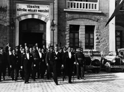 Atatürk ün ilkeleri