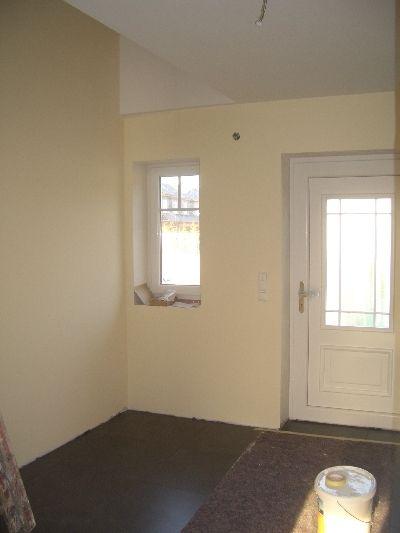 unsere baustelle fliesen und tapete laminat und farbe. Black Bedroom Furniture Sets. Home Design Ideas