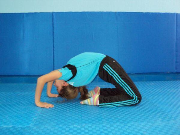 kuc.kopru temel cimnastik duruşları JİMNASTİK DURUŞLARI