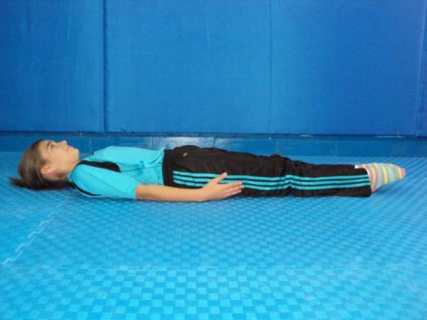 sirtustu.yat. temel cimnastik duruşları JİMNASTİK DURUŞLARI