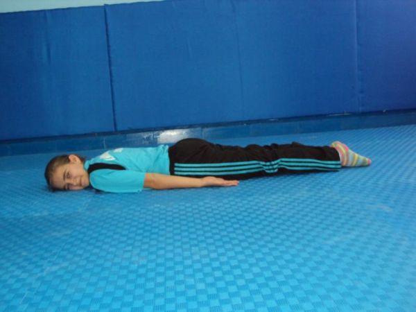 yuzustu.yat temel cimnastik duruşları JİMNASTİK DURUŞLARI