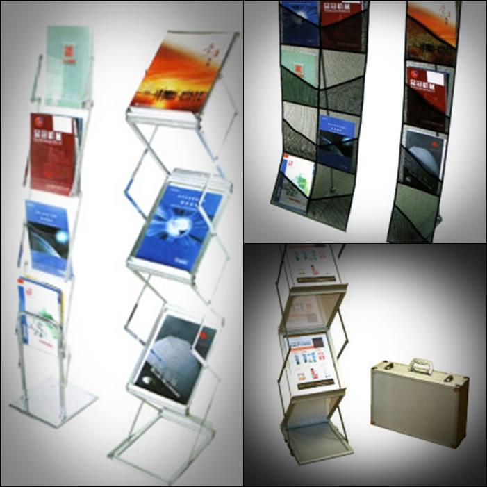 reklam broşürlük stand çantalı zigzag broşürlük display banner