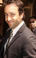 Alex_O'Loughlin-CBS-Upfront-09May20-04