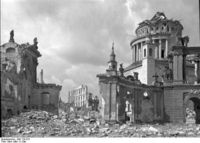Nikolaikirche April 1945
