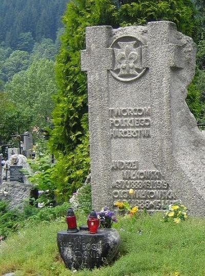 Pomnik Andrzeja i Olgi Małkowskich na Nowym Cmentarzu w Zakopanem