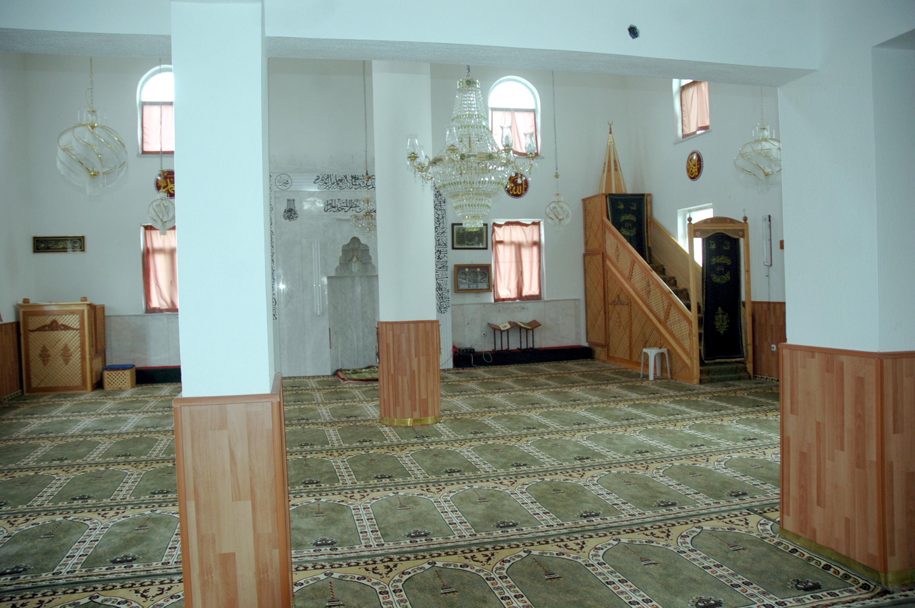 Çalıburnu Köyü Camii İç Görünüş
