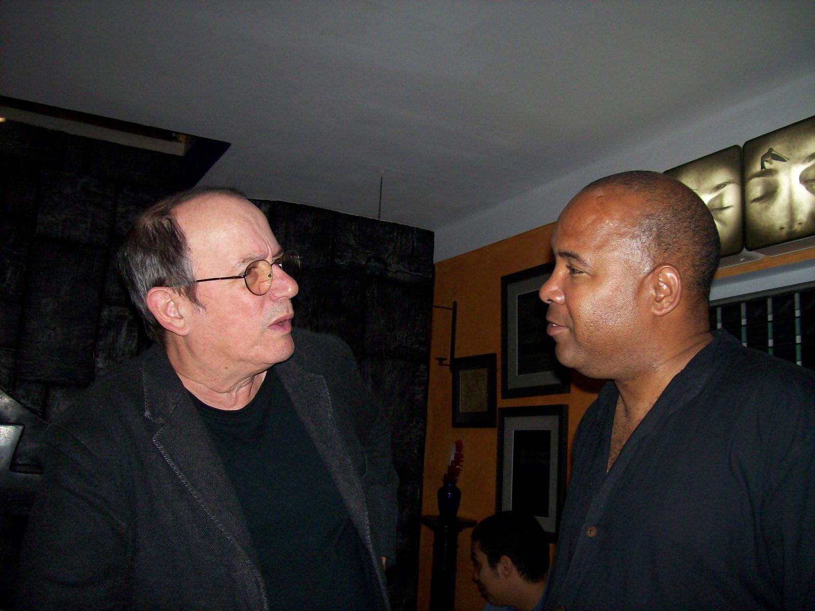 Charlando con Silvio, tras el último concierto.
