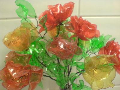 Rosenstrauss aus PET-Rosen