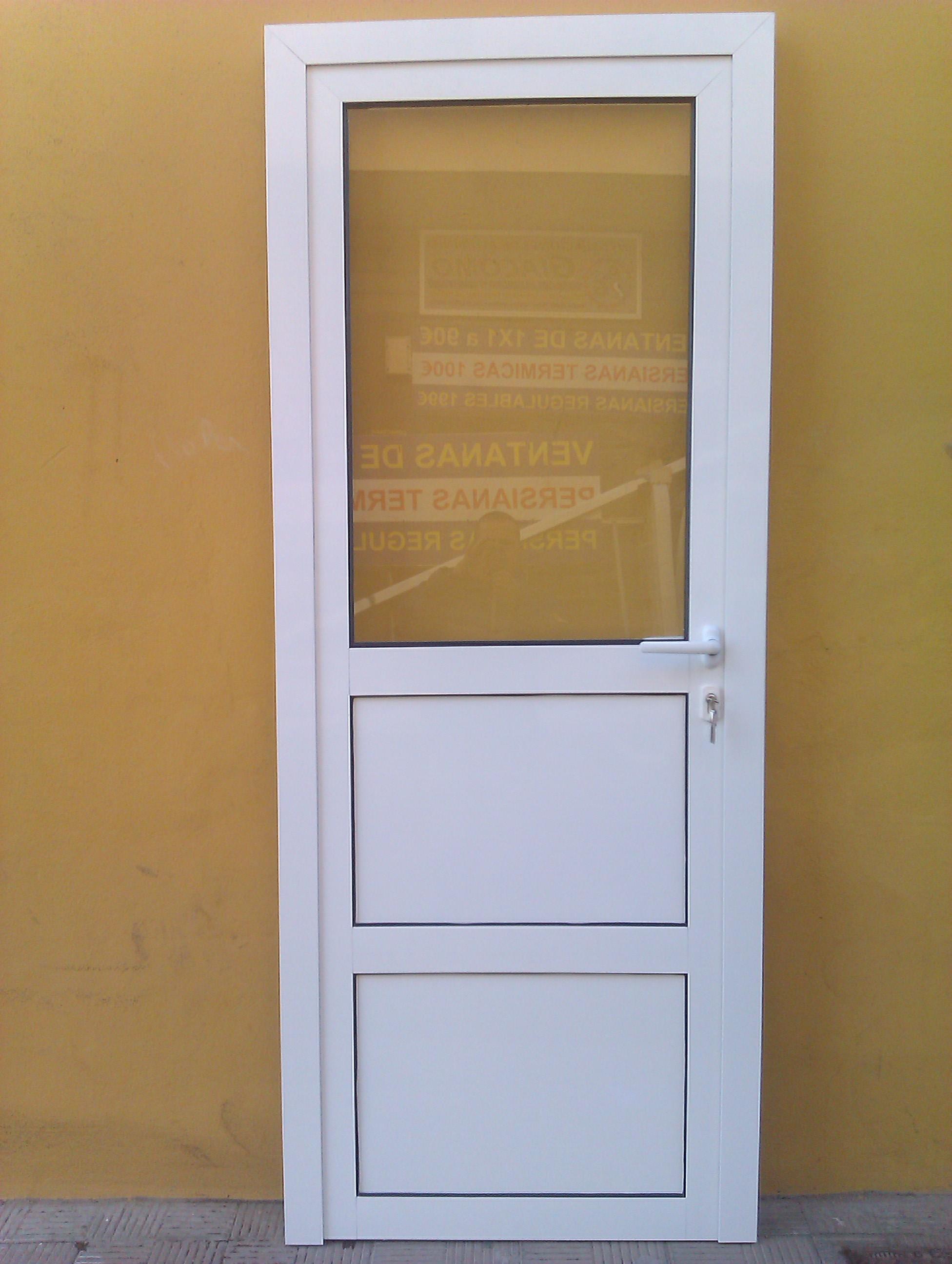 Aluminios gi como galer a de fotos for Puertas para patios modelos