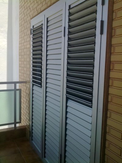Aluminios gi como inicio - Puertas de persiana para armarios ...