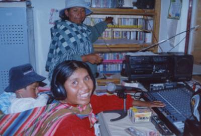 Resultado de imagen para bolivia radios comunitarias