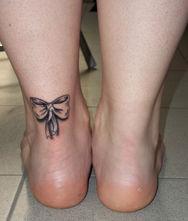 Artistika tattoo tatuaggi for Tatuaggi da piede