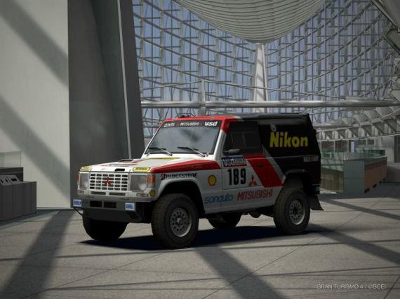 Gran Turismo 4 Mitsubishi Pajero Rally Raid Car Modelo 85