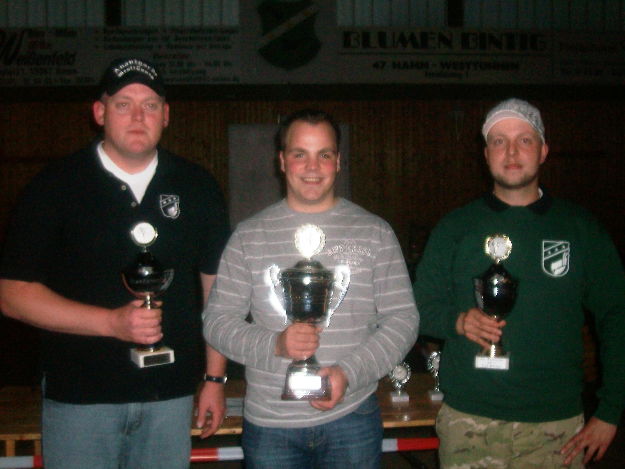 Die 3 Gruppensieger. v.l. Dennis Grimm. (Gr. B), Patrick Gormann. (Gr. A) und Holger Simon (Gr. C)