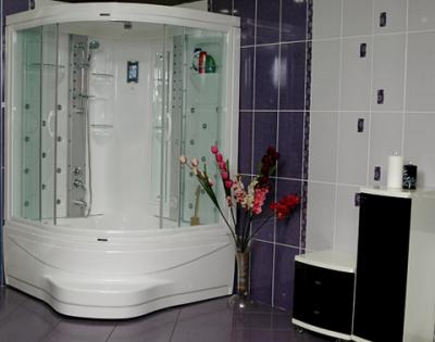 Eckbadewanne mit duschwand  Freistehende-Badewannen, Freistehende Badewanne, Badewannen ...
