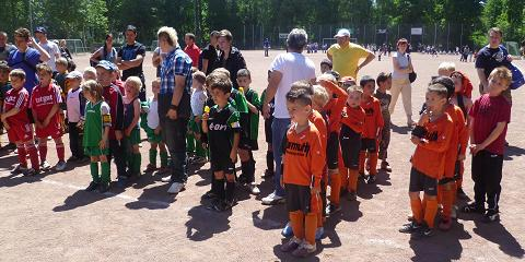 Siegerehrung beim Ballfreunde Bambini-Treff am 02.06.2011