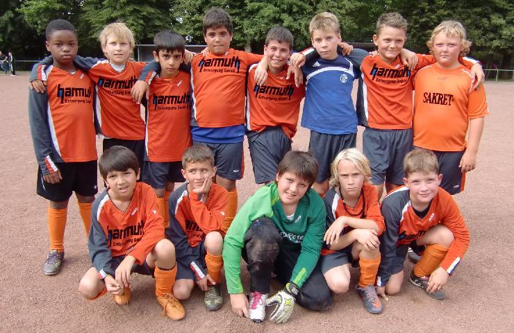 Ballfreunde E-Junioren, gesponsort von Quck Reifendiscount KVD GmbH, Essen-Frillendorf