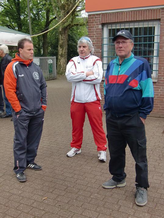 150 Fotos vom Tag des Jugendfussballs am 02.05.2010