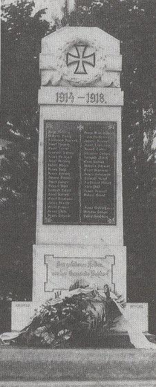 Altes Kriegerdenkmal