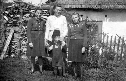 Die Schwestern 1943