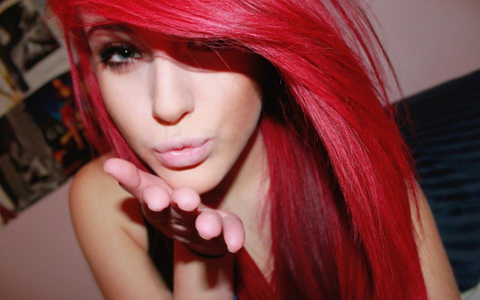Kızıl Kız Resimleri