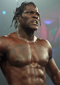 R-Truth Hayatı