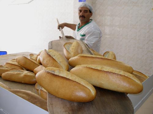 evde ekmek nasıl yapılır-ekmek nasıl yapılır hangi aşamalardan geçer-ekmek tarifi-ekmek hakkında herşey-ekmek nasıl pişirilir