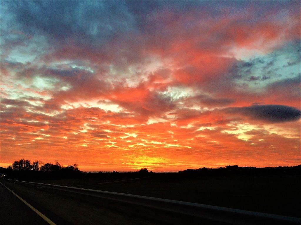 [Bild: Sonnenuntergang_181118k.jpg]