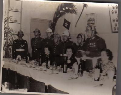 Alcalde y Bombero Camilo Fontova T. y su Señora dan una cena