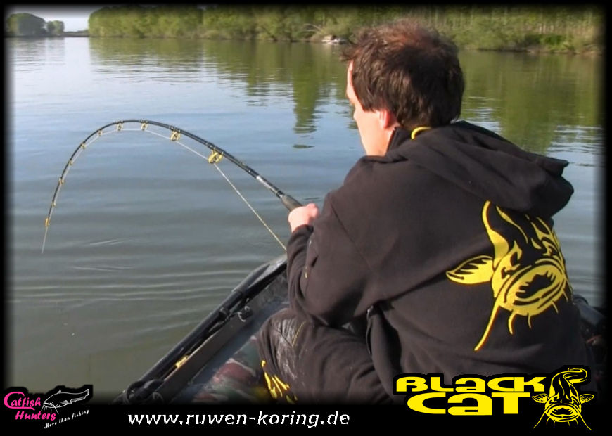 Video – Wallerdrills mit der Battle Cat Boat am Oberlauf des Po's in der Waller Welt 2.0
