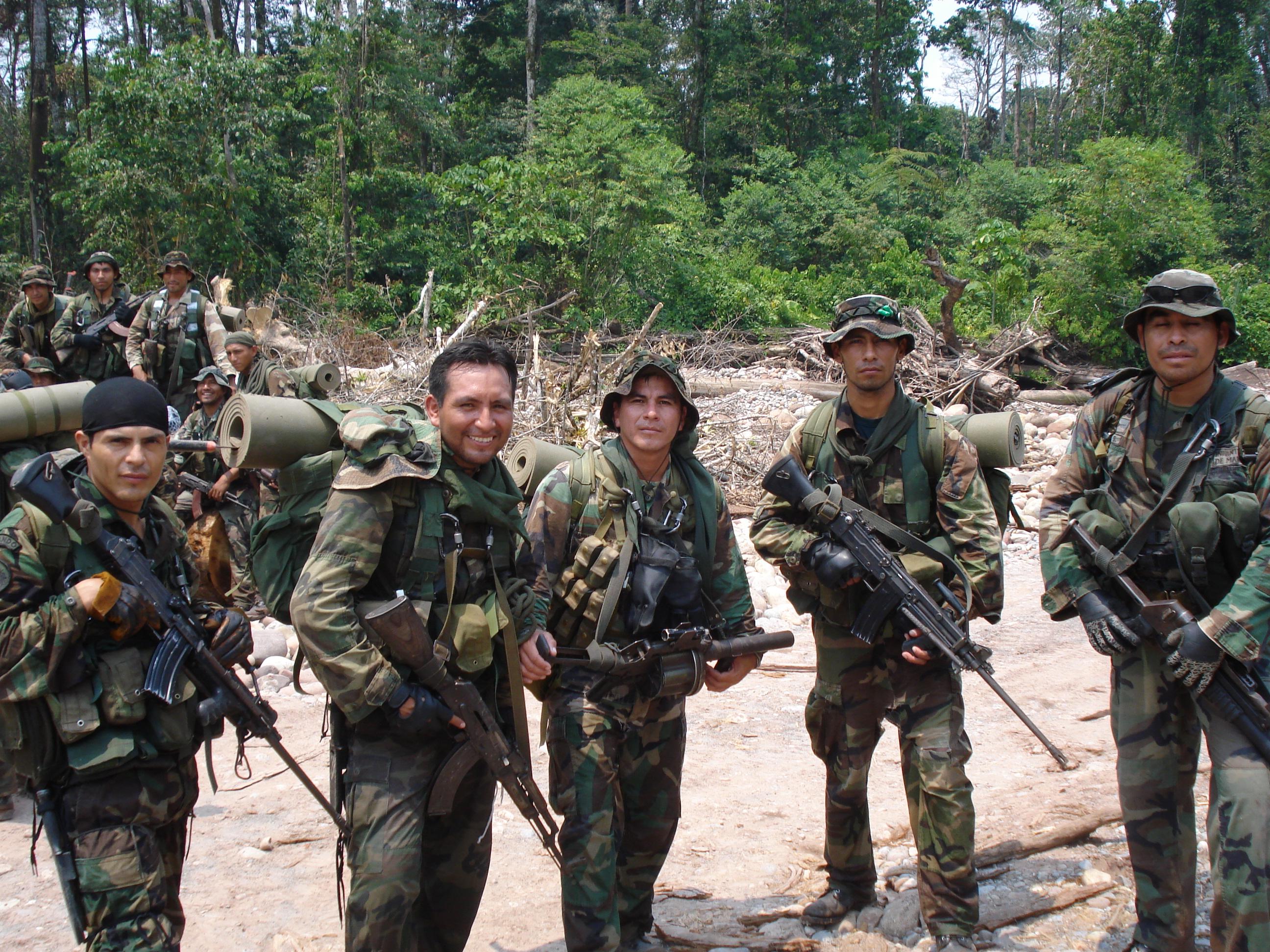 Cloverleaf Home Interiors Trote De Infanteria De Marina Recibimiento A Una Unidad
