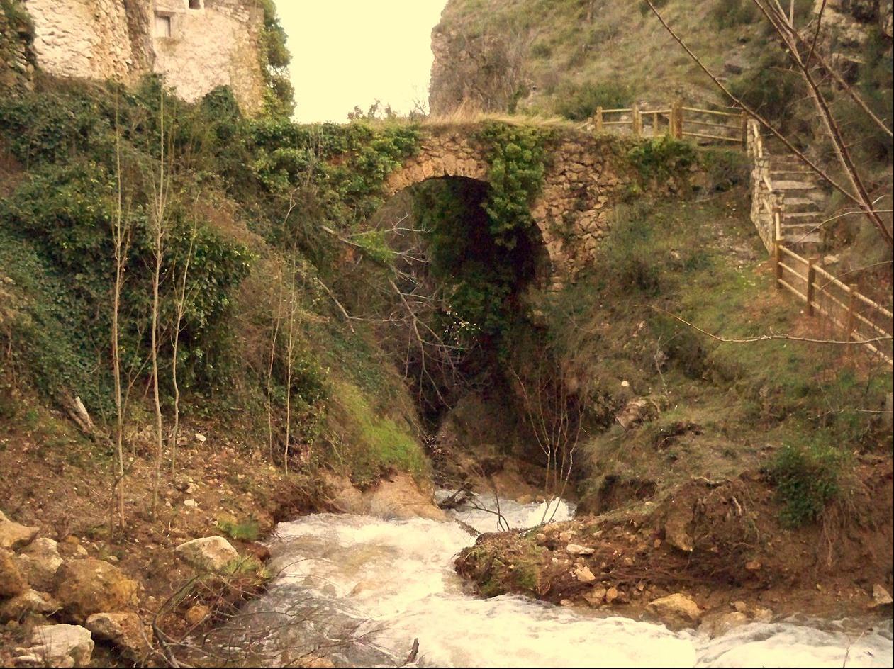 Acueducto de Molinicos