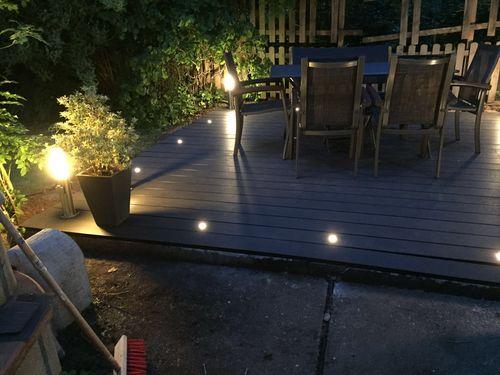 Beleuchtung Terrasse derbauzwerg terrasse mit beleuchtung und umrandung