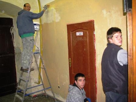 Malowanie przedsionka 27.10.2010r.