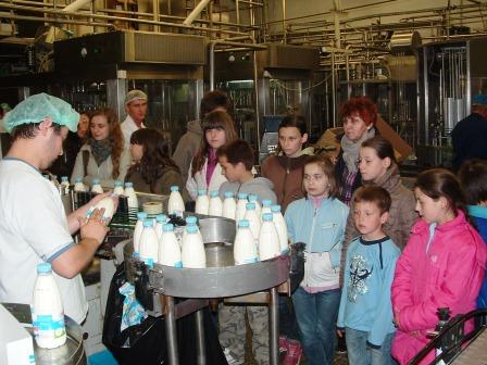Zwiedzanie mleczarni 2010