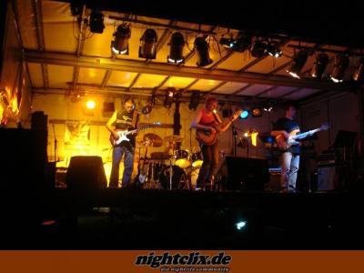 Mehr Fotos gibt es unter www.rock-am-pool.tk