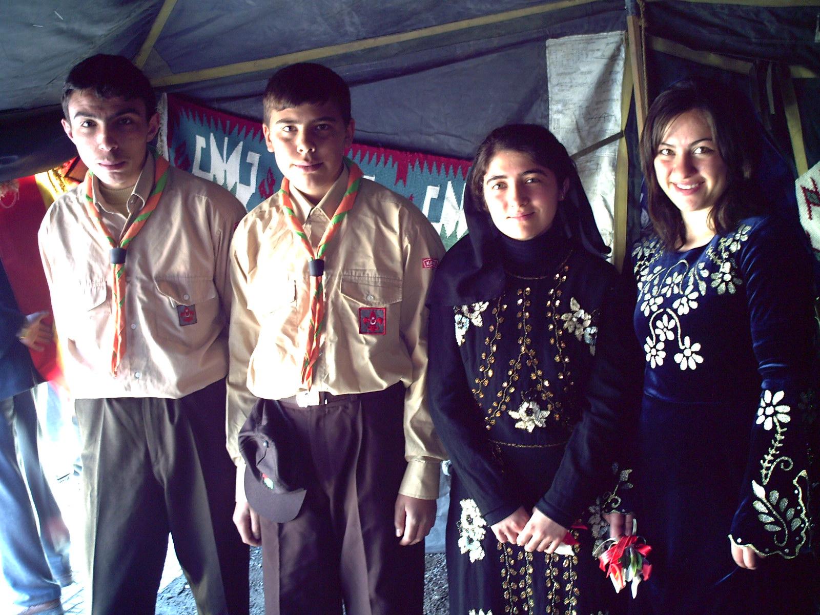 nevruz çadırında öğrenciler, arifmollu, kayseri