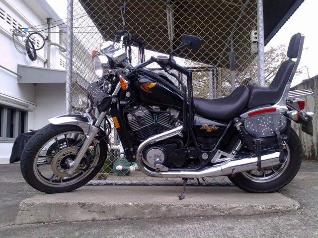 Efraín López Salazar (Chiri) - Honda Shadow VT700C