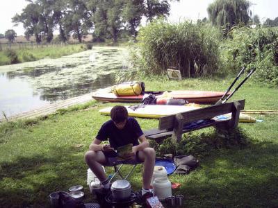 Hier kocht der Chef, während der Knecht sich in den Fluten der Trave abkühlte