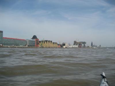 Neue Kölner Hafenstadt