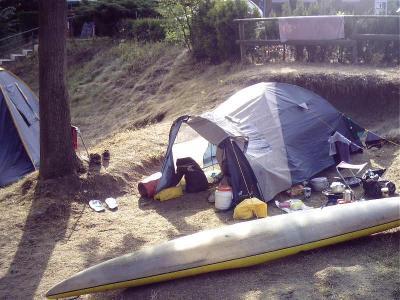 Unser Zeltplatz in Wassernähe
