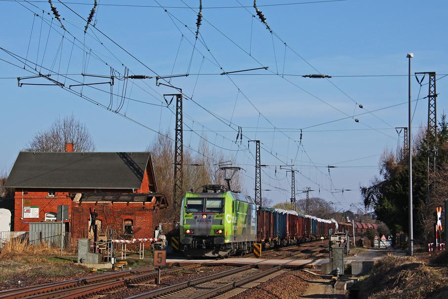 https://img.webme.com/pic/e/elbtalbahn/0028-185-152.jpg