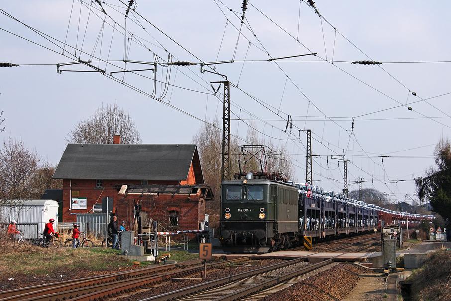 https://img.webme.com/pic/e/elbtalbahn/0221-142-001.jpg