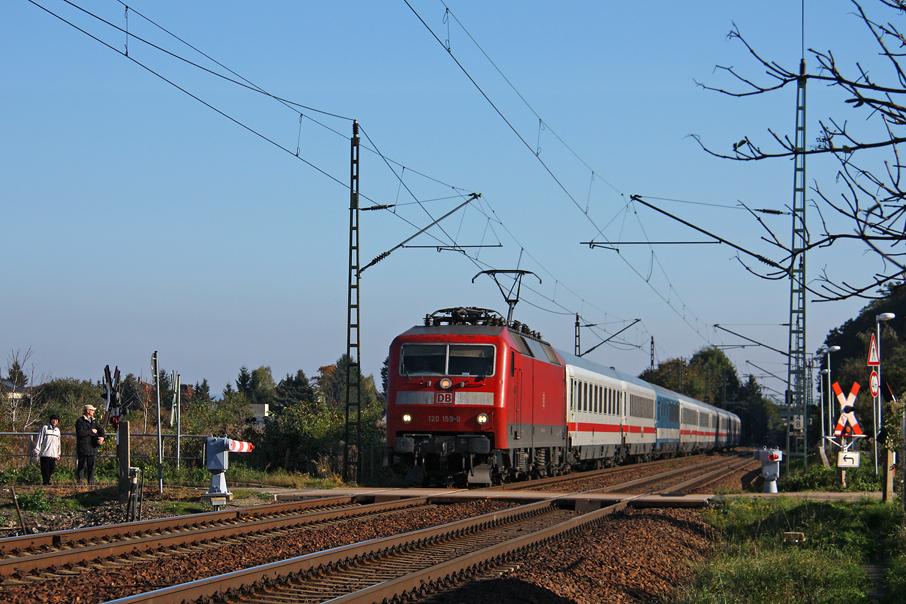 https://img.webme.com/pic/e/elbtalbahn/0254-120-159.jpg